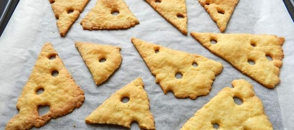 Сырные крекеры - воздушная закуска, от которой невозможно оторваться
