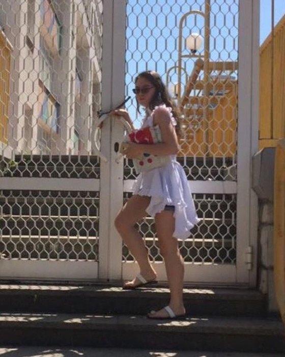 Лолита Милявская показала дочь Еву на выпускном