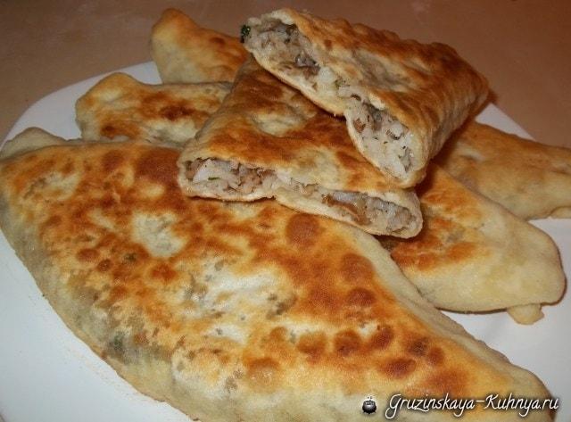 Дрожжевые пирожки с грибами по-грузински (10)