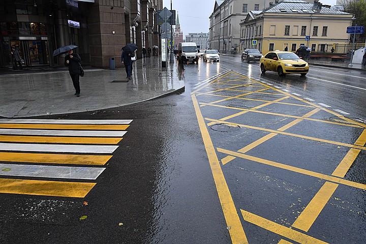 В дорожную разметку добавят желтых и синих красок