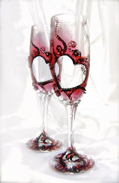 Идеи декора свадебных бокалов