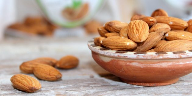 10 продуктов, в которых кальция больше, чем в твороге еда, здоровье, кальций, питание, полезные продукты