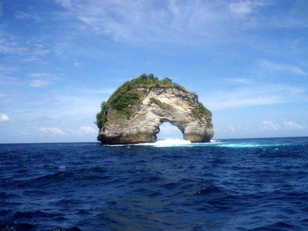 А не махнуть ли на Бали?