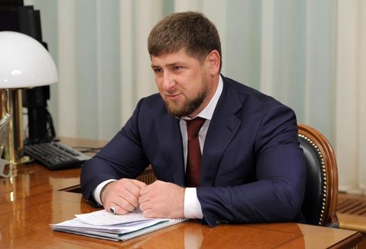 Кадыров уходит с поста главы Чечни.