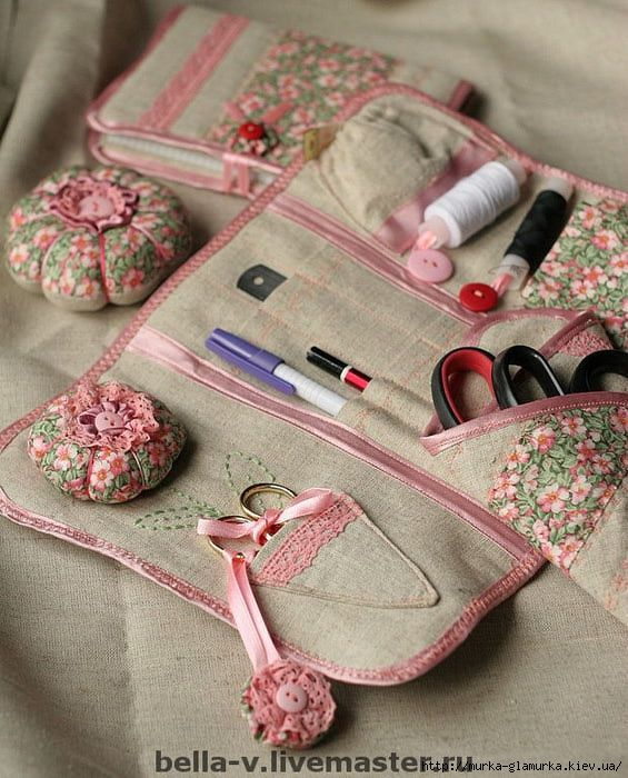 sewing case:
