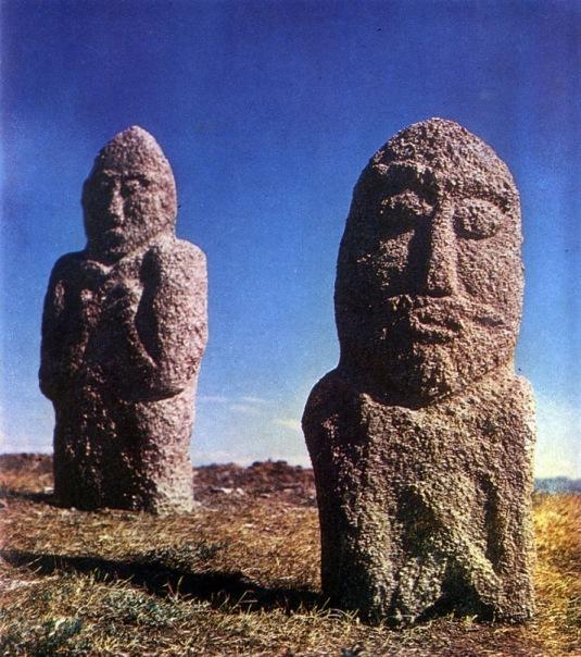 Каменные стражи Монгольских степей.