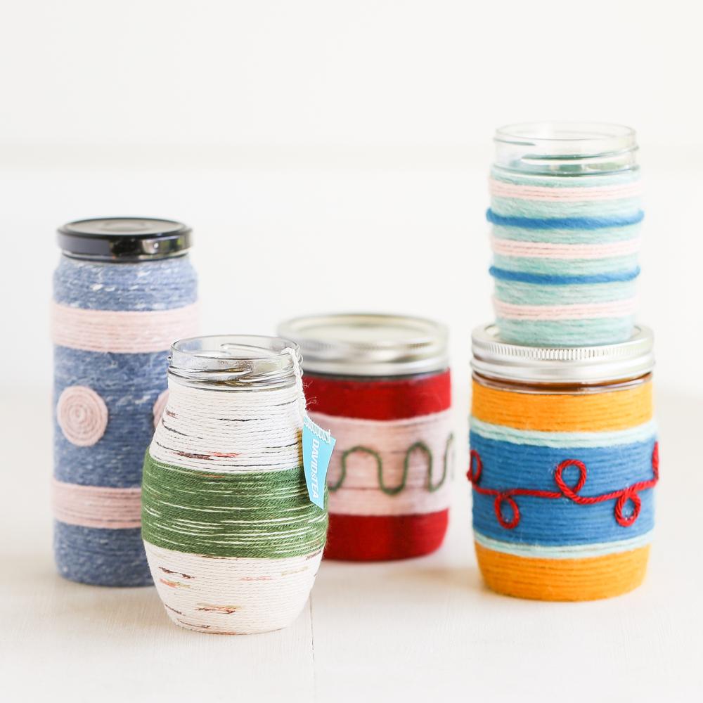 Банки превратила в яркие кружки для чая: теперь на кухне стало еще уютней декор,домашний очаг,Кружка,рукоделие,своими руками