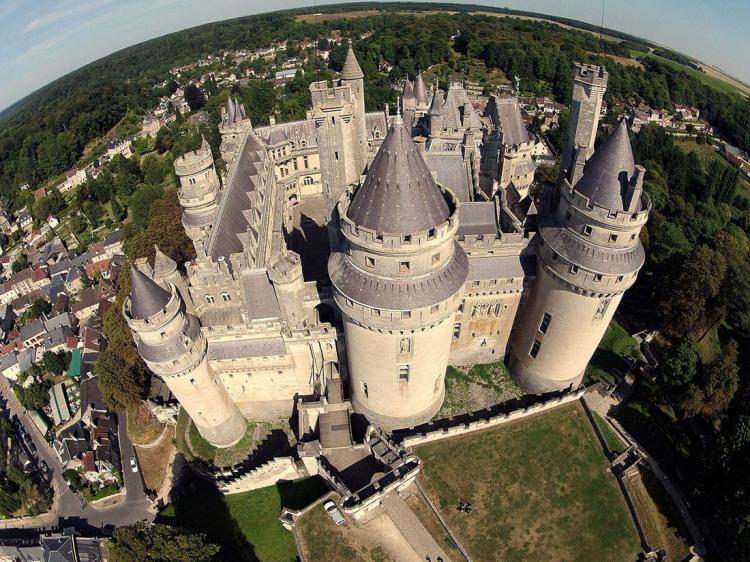 Пьерфон: средневековый боевой замок, где жили короли