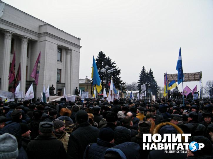 Украинские военные пенсионеры требуют пересчитать пенсии – у каждого украли уже 160 тыс грн
