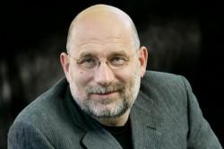 Борис Акунин: власть плохая, народ не тот… Почему известный писатель уехал из России