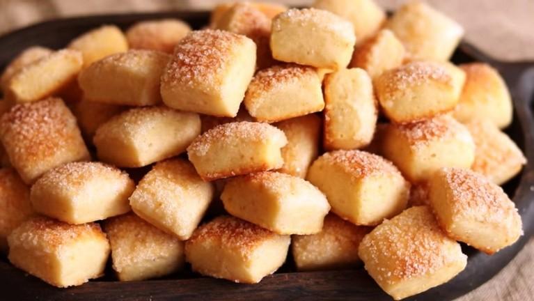 Простейший рецепт печенья на кефире. Быстрая выпечка к чаю