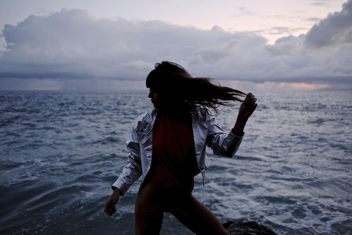 Ив и Натали: вечер у моря Девушки