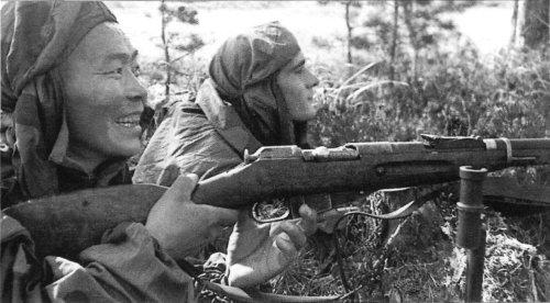Немецкие снайперы предпочитали русские винтовки, но все равно проигрывали