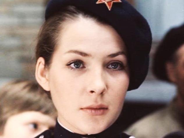 Почему красавица Варя Синичкина из «Места встречи...» в реальной жизни собирала бутылки