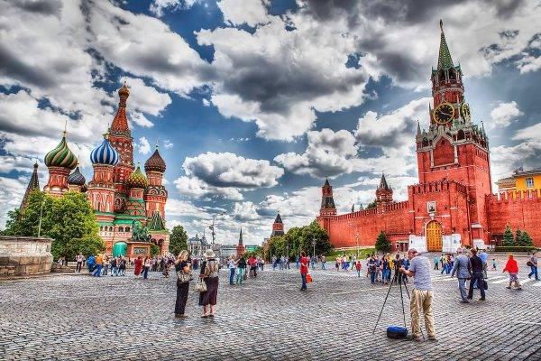 Россияне шокируют западных журналистов поддержкой власти