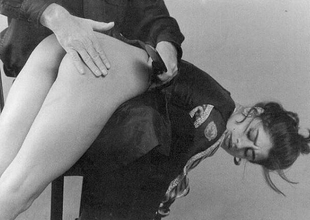 Удар по заднице во время секса