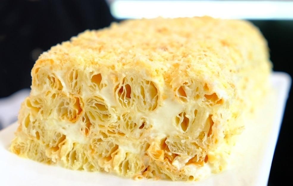 """Вкуснейший торт всего из 3 ингредиентов – лучше """"Наполеона"""". Этот десерт – сама нежность!"""