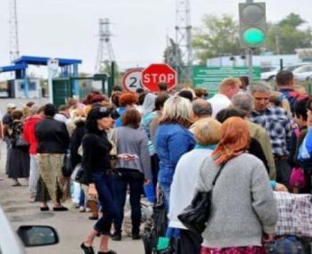 Вместо того чтобы скакать от радости по «святому безвизу» , украинцы «рванули» в Россию