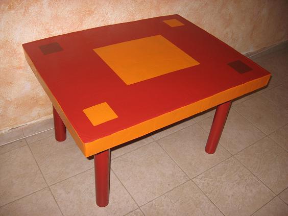Столик из картона своими руками: на очереди тумбочка, кресло, полочки