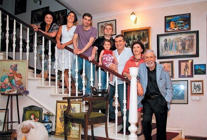 Полвека счастья Вахтанга Кикабидзе