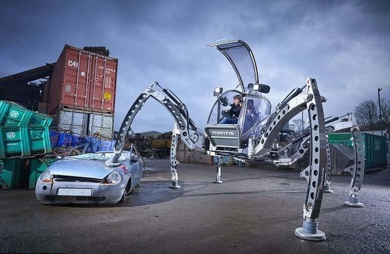 Мэтт Дентон из Британии является создателем самого большого в мире шестиногого ездового робота в мире, гиннесс, животные, люди, рекорд, факты
