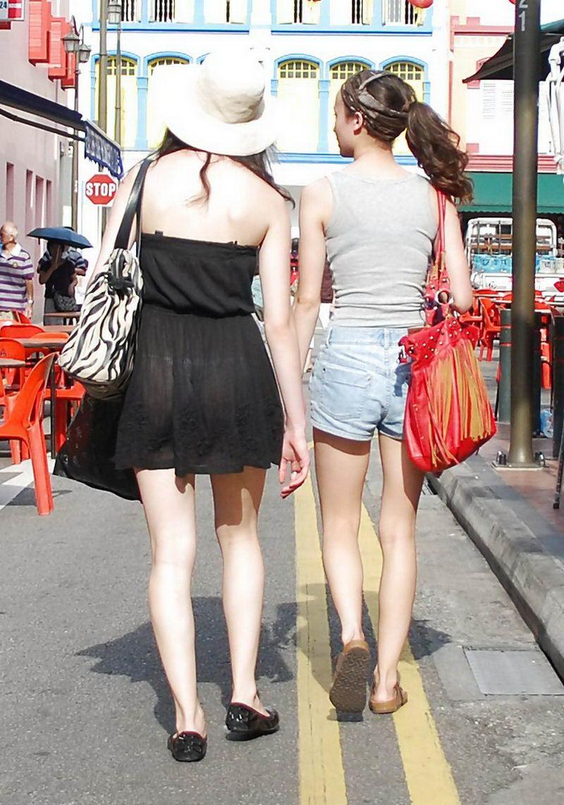 Любительское просвечивающая одежда на улице фото сами красивыми зрелыми
