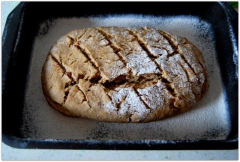 Ржаной луковый хлеб
