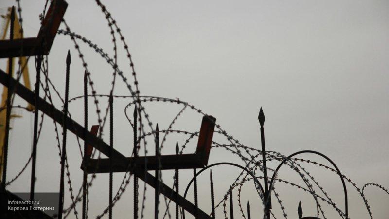 В Улан-Удэ девушка хотела снабдить наркотиками отца-уголовника, но сама угодила за решетку