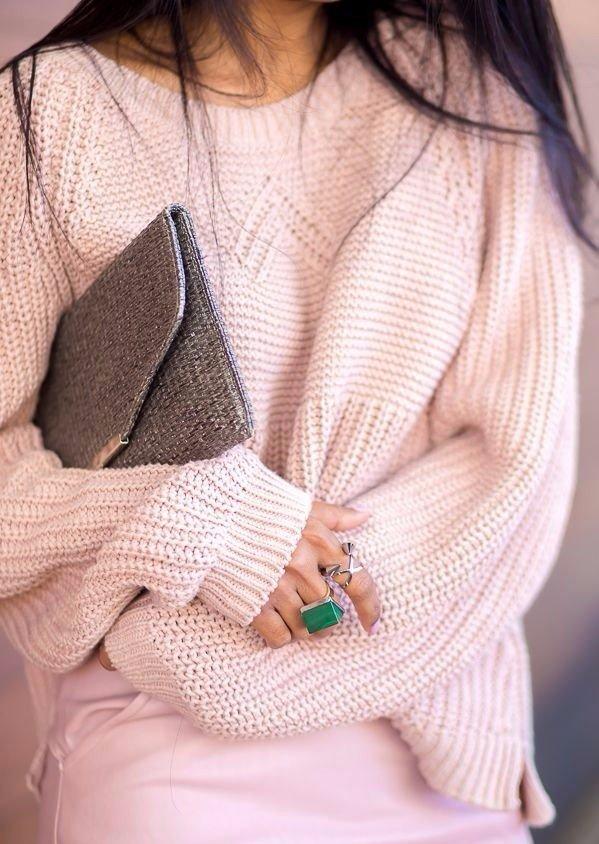 Свитера в стиле «оверсайз» — писк моды, настоящий хит сезона! мода