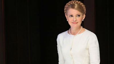 Тимошенко назвала премьера Яценюка «немного неадекватным» и пугающим