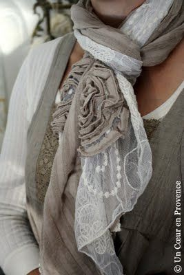 Lace scarf: