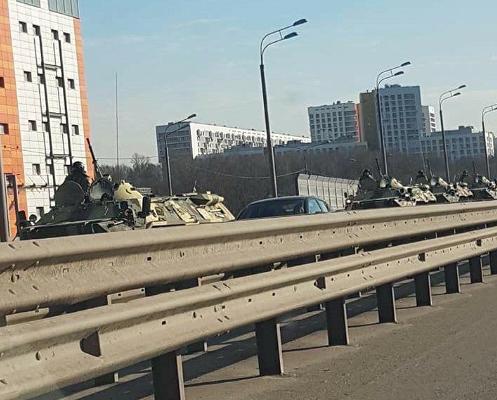 Появление бронетехники вцентре Москвы объяснили военные,карантин,коронавирус,общество,россияне,Эпидемия