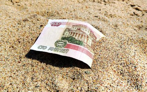 Директор пляжа: парень сделал платный вход и собирает деньги. И никто ему не указ!