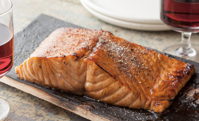 Рыба на дощечке: как приготовить и съесть
