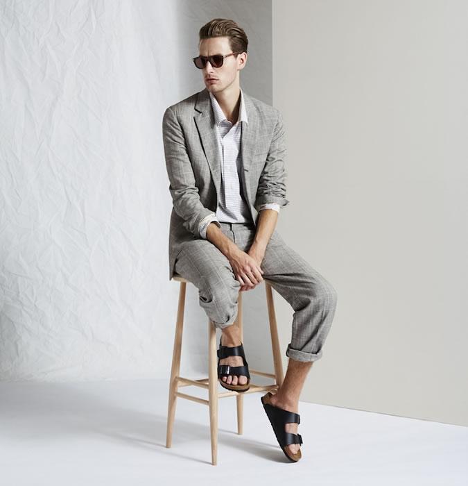5 способов носить сандалии и не выглядеть глупо