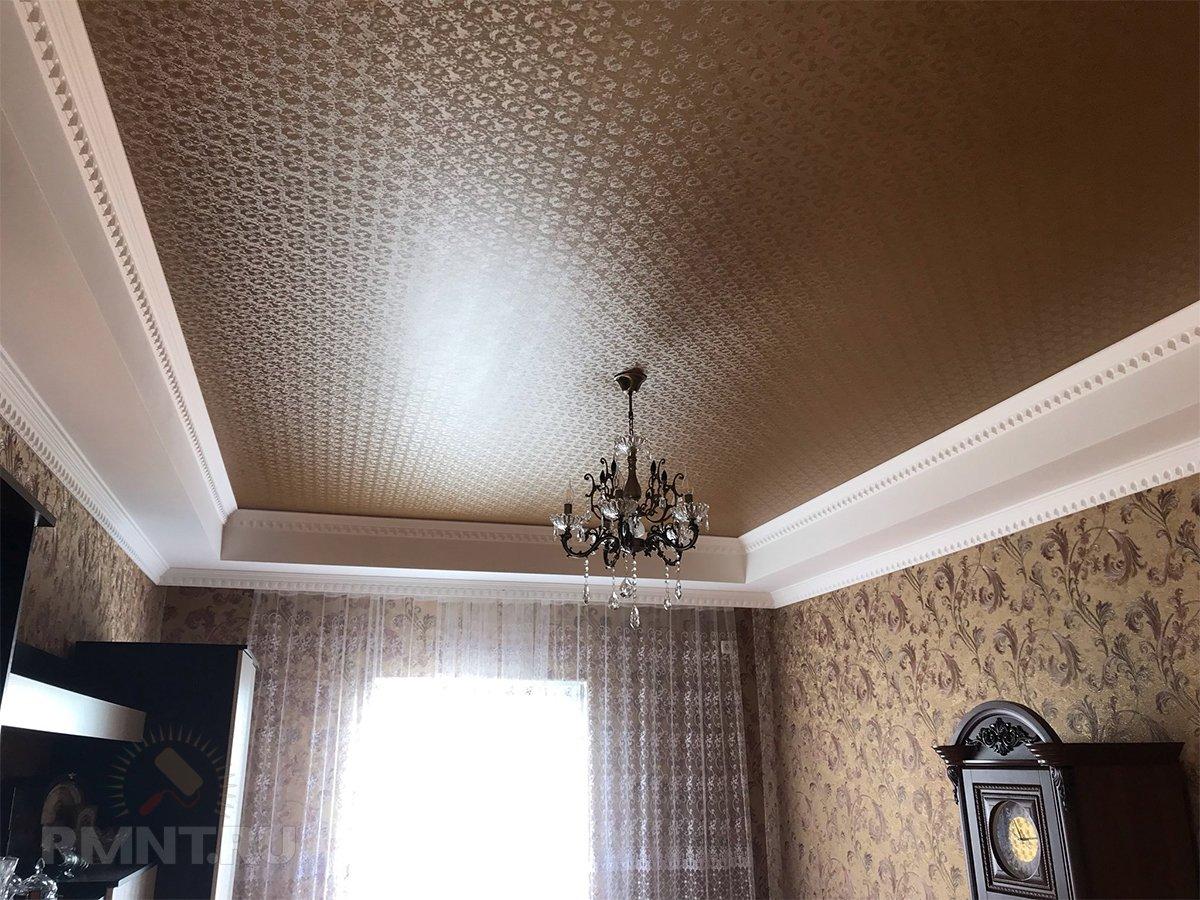 Натяжные потолки: тканевые или ПВХ