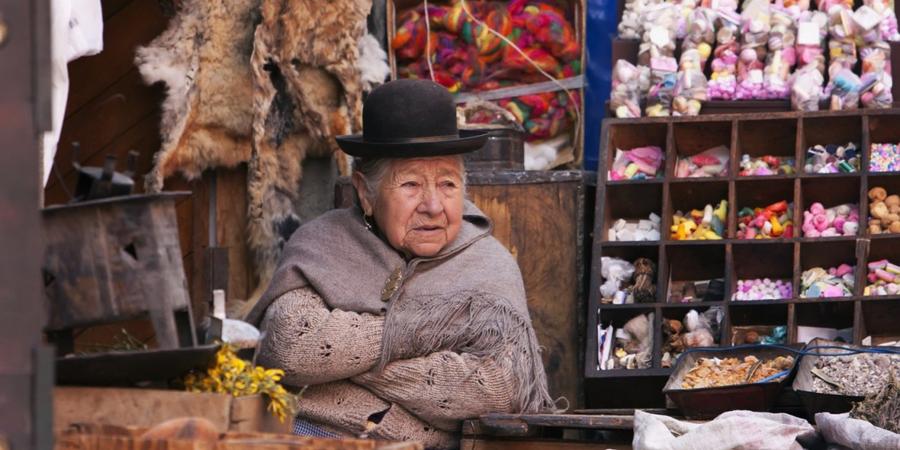 Ведьмины рынки: колдовские снадобья оптом и на развес авиатур