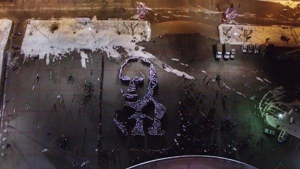 Гигантский Портрет Путина из выстроенных тел студентов(фото, видео)