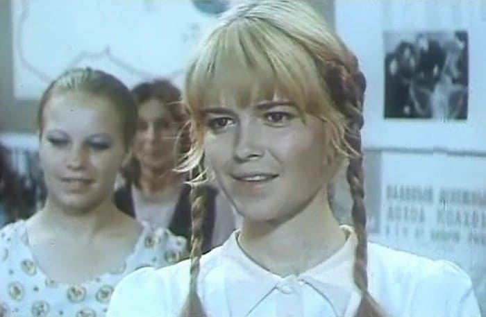 Евгения Сабельникова в фильме *С весельем и отвагой*, 1974 | Фото: kino-teatr.ru