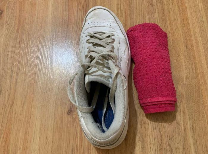 Как устранить проблему морщин и заломов на обуви