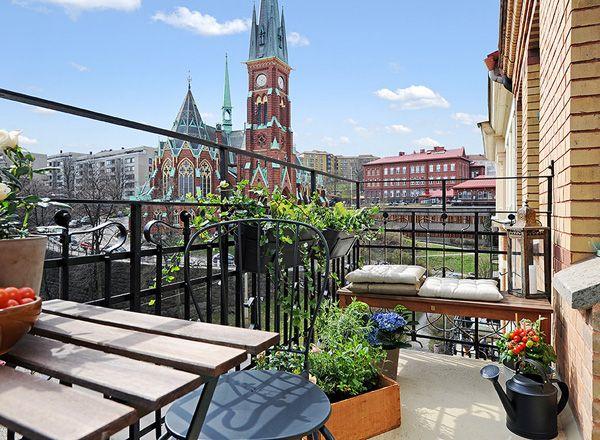 дизайн балкона в скандинавском стиле