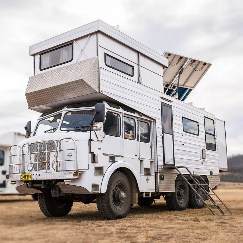 грузовики дома на колесах фото уникальная