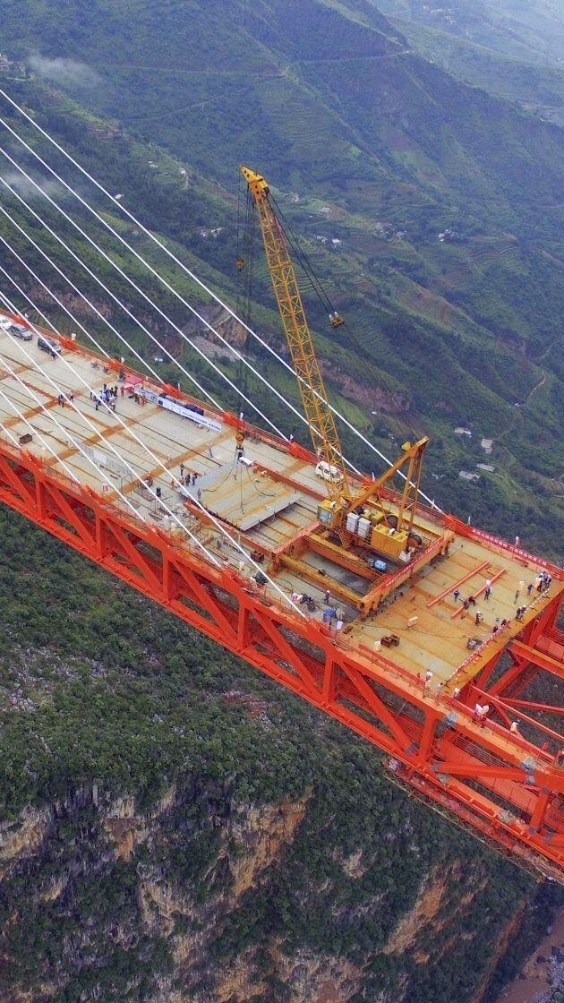 25 захватывающих дух фото с монументальным строительством мостов и виадуков виадук, интересно, красота, моменты, мост, невероятное, стройка