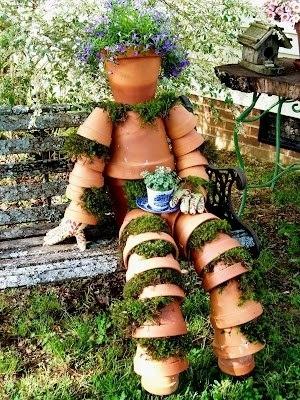 Забавные фигурки для сада из цветочных горшков