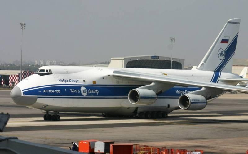 Фиксируется высокий авиатрафик между Минском и Москвой: Кремль решил помочь Лукашенко? Новости