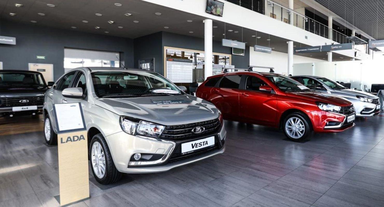 Продажи легковых машин в Татарстане в феврале выросли на 4,7% Автомобили
