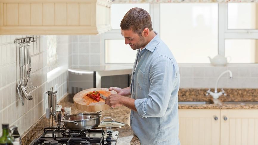 6 простых способов заставить мужчину питаться правильно
