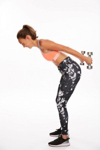 Грядет мода на мускулистые женские руки. Пять простых упражнений, как привести их в форму!