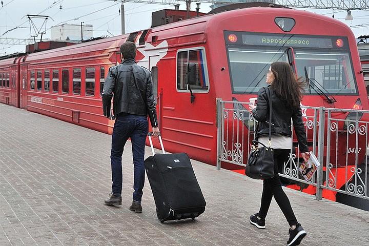 В Москве аэроэкспресс насмерть сбил женщину
