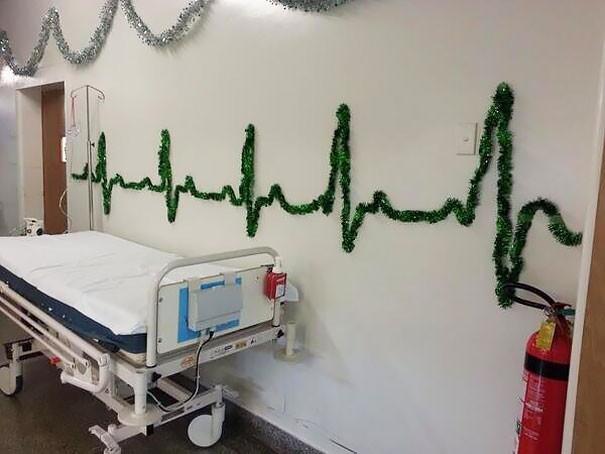 1. В этой больнице знают толк в праздничных украшениях больница, медики, новый год, украшения